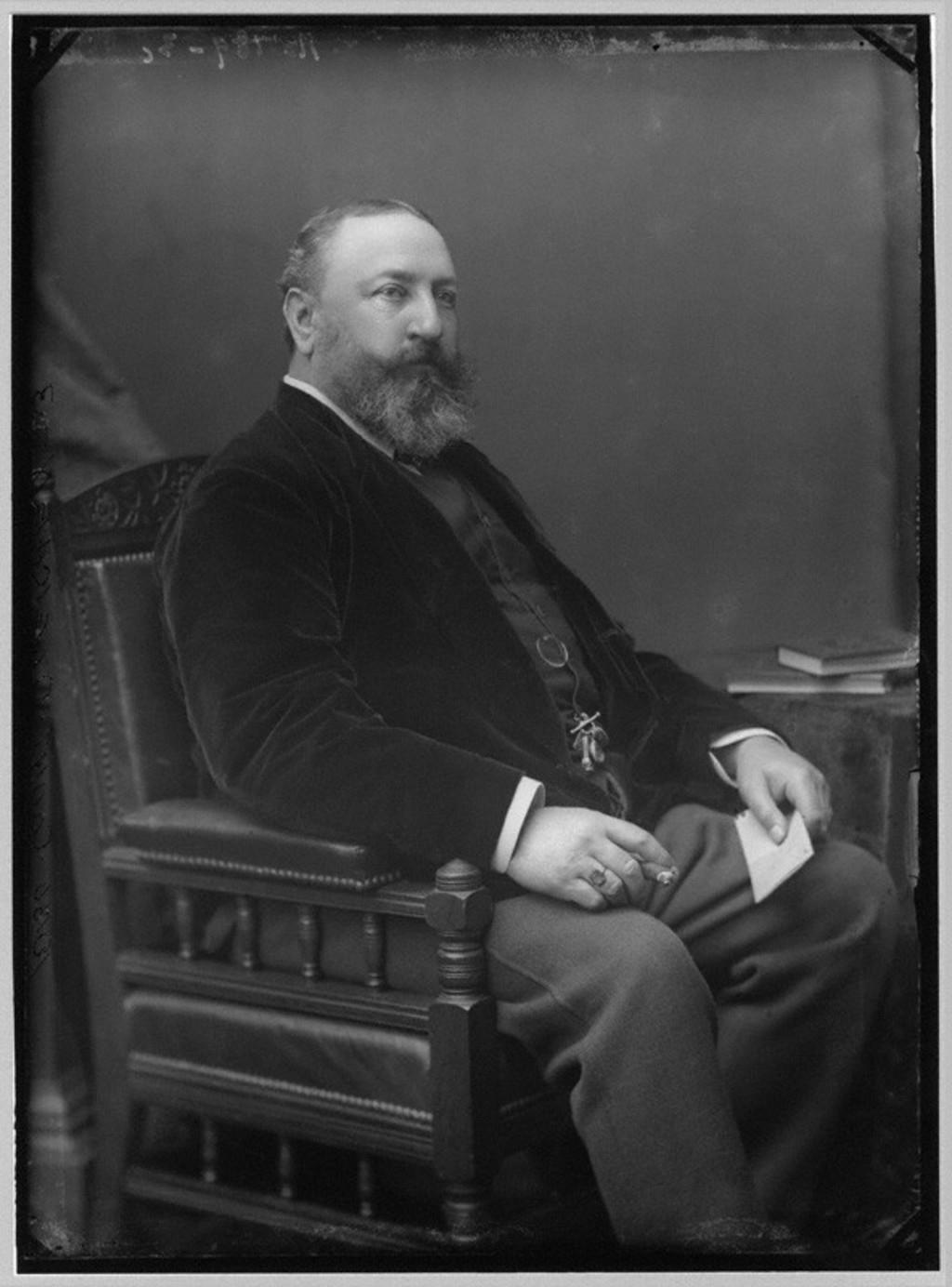 Hohenlohe-Langenburg, Prince Viktor