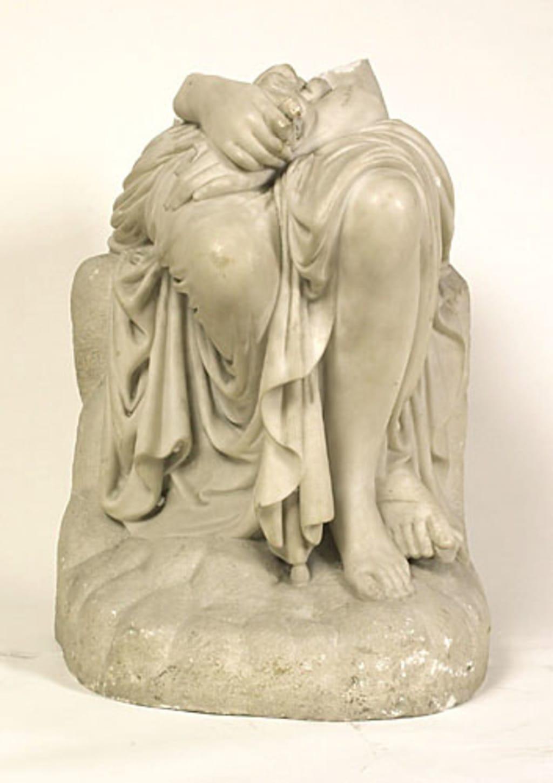 Vénus assise (?)