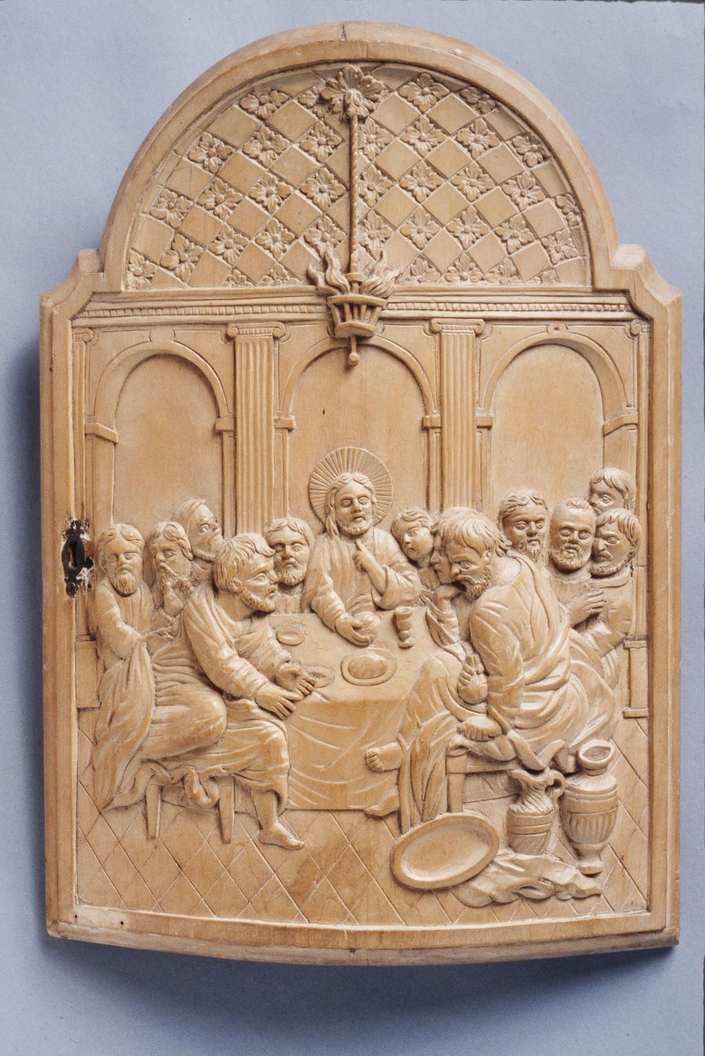 Porte du tabernacle du maître-autel de l'église Sainte-Rose-de-Lima, de Laval, ornée d'une représentation de la Dernière Cène