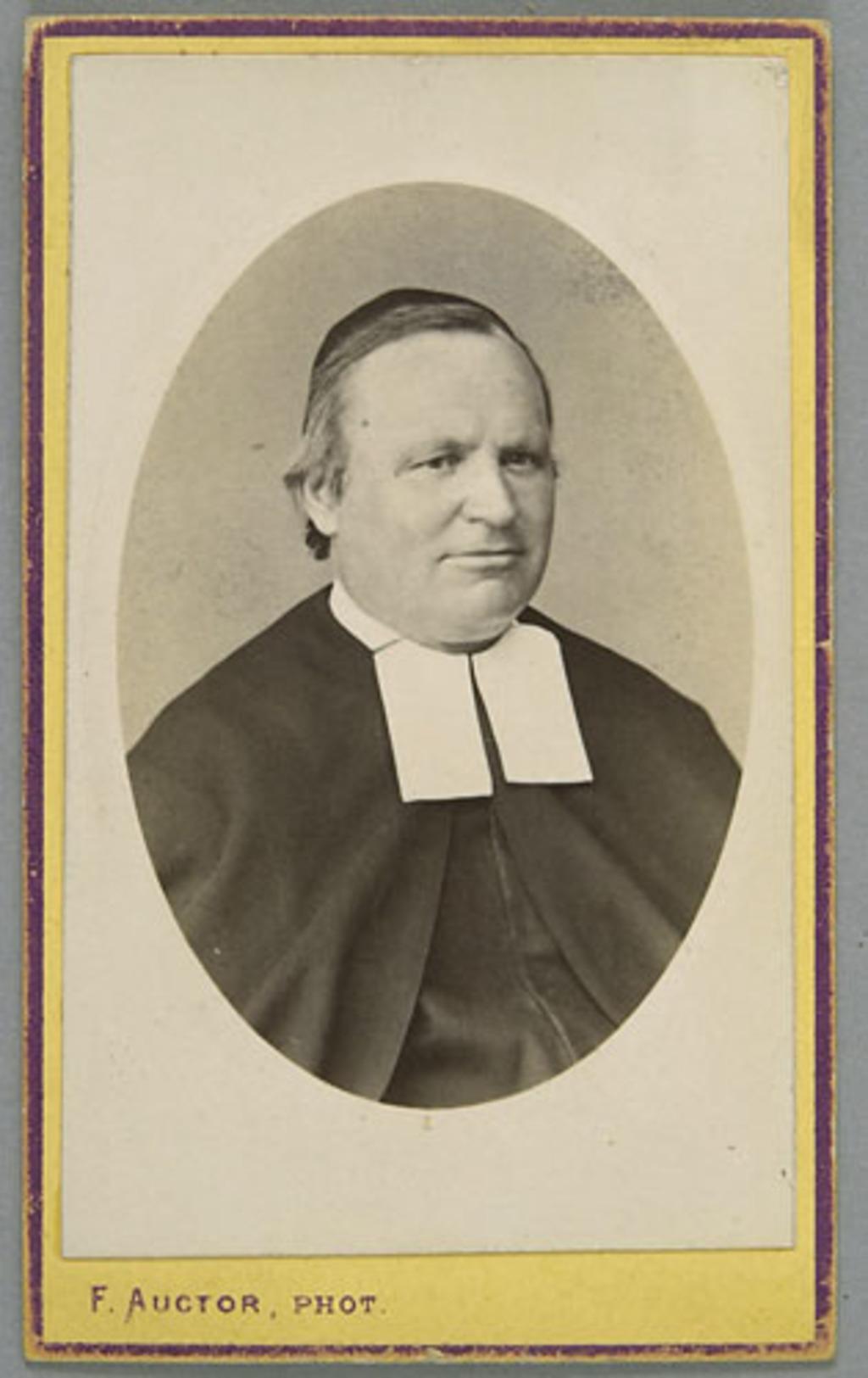 Le Frère des Écoles Chrétiennes, John Patrick Murphy, de l'album de la famille Richer, dit Laflèche et Murphy
