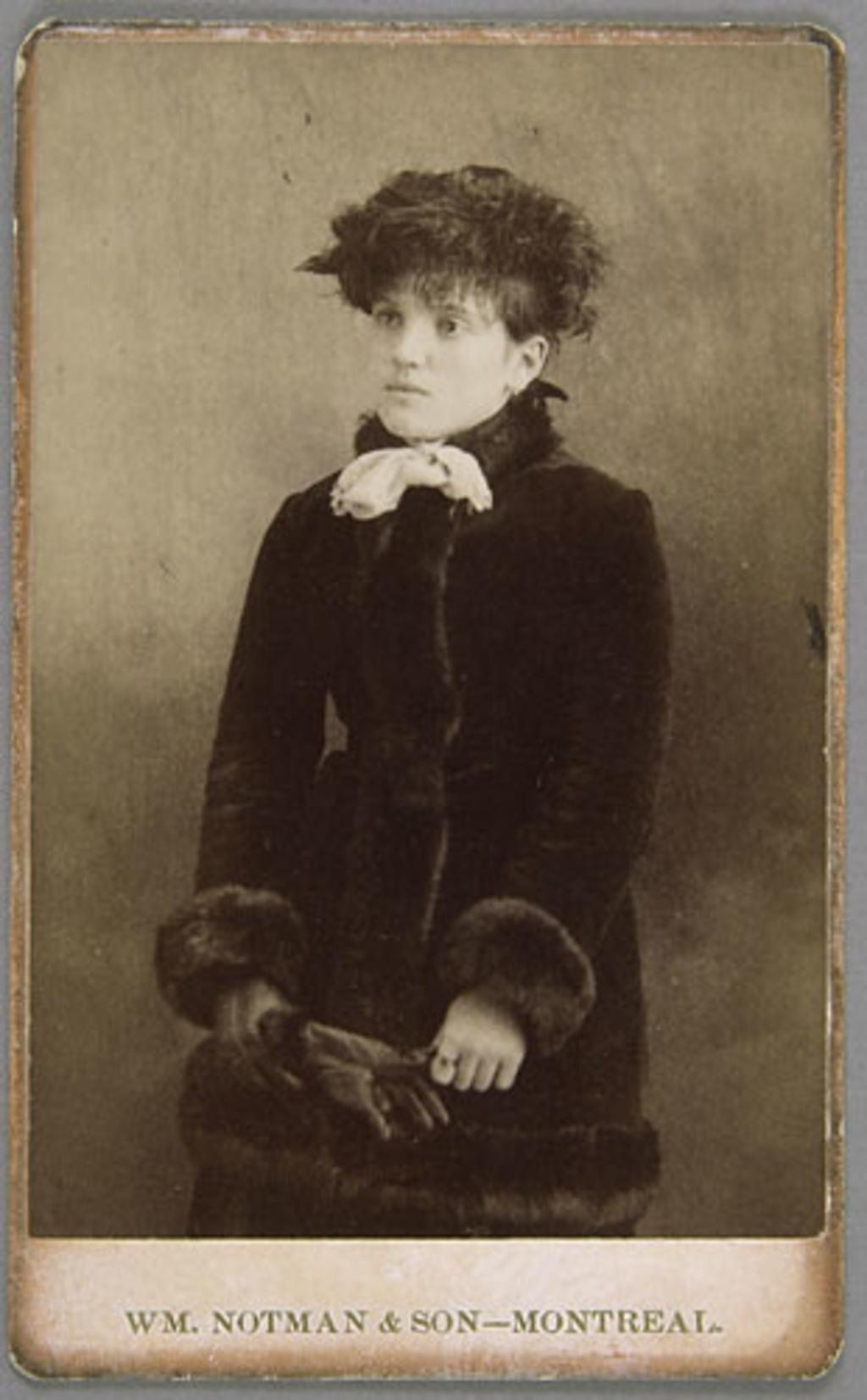 Berthe Murphy, de l'album de la famille Richer, dit Laflèche et Murphy