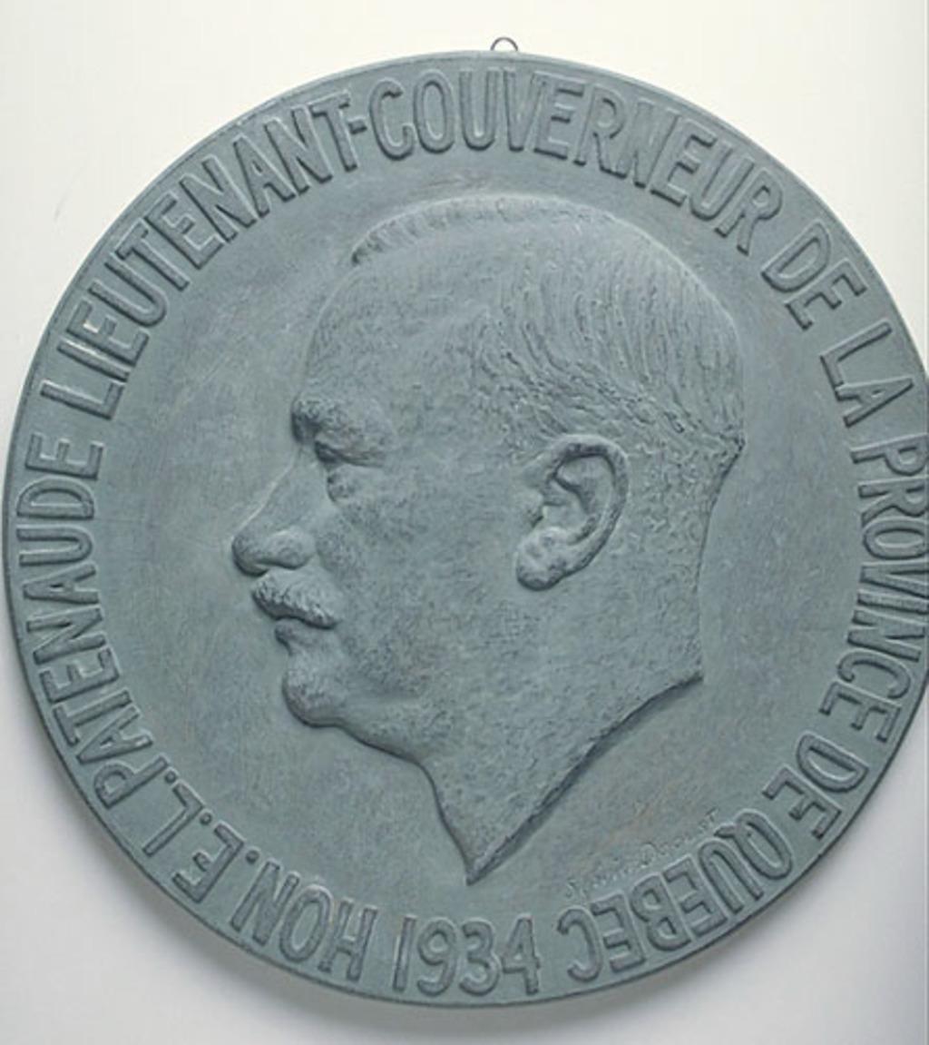 L'Honorable Ésioff-Léon Patenaude