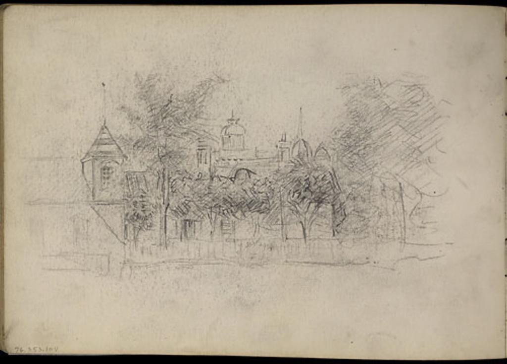 Église et village vus à travers les arbres