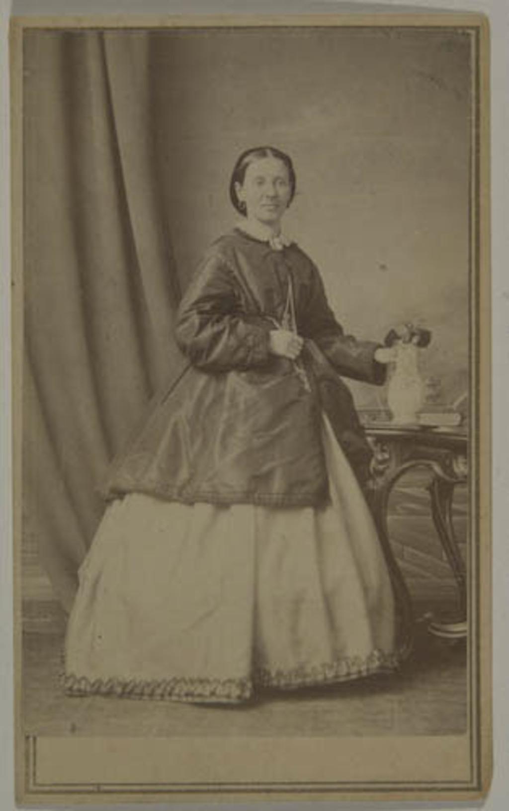 Madame Ludger Têtu, née Clémentine Dionne, de l'album de la famille Taché-Cimon