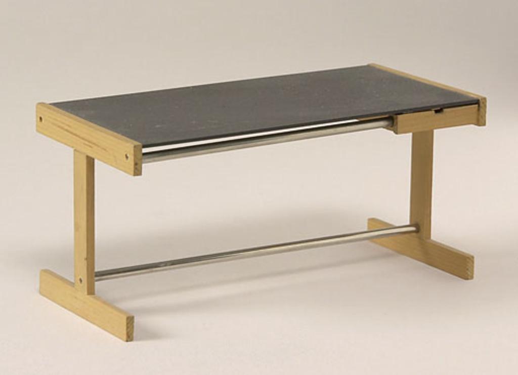 Modèle réduit de la table de travail du « System F-2 » (1973)