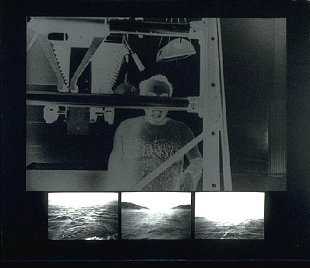 (27) Image négative (autoportrait). Estuaire du Saguenay