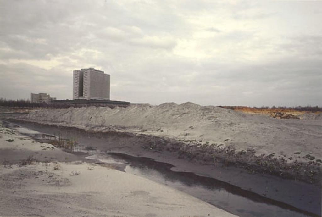 Périphérie (La Cité), de la série « Paysages incertains »