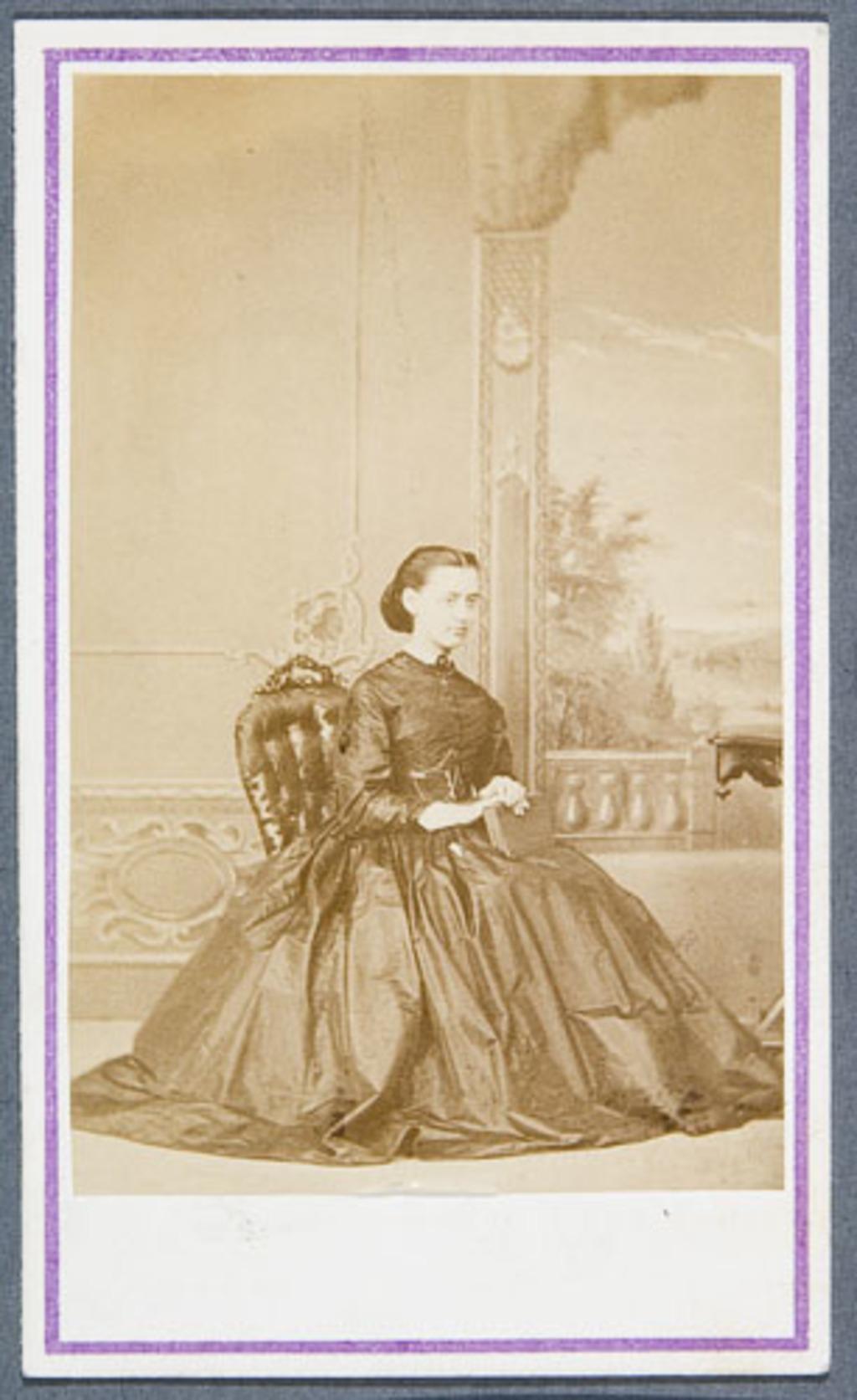 Julie-Octavie Côté, de l'album Eugène-Hamel