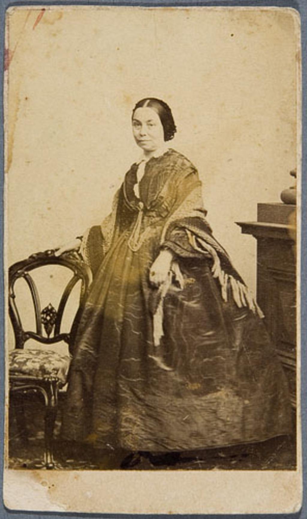 Madame Abraham Hamel, née Cécile Roy, de l'album Eugène-Hamel