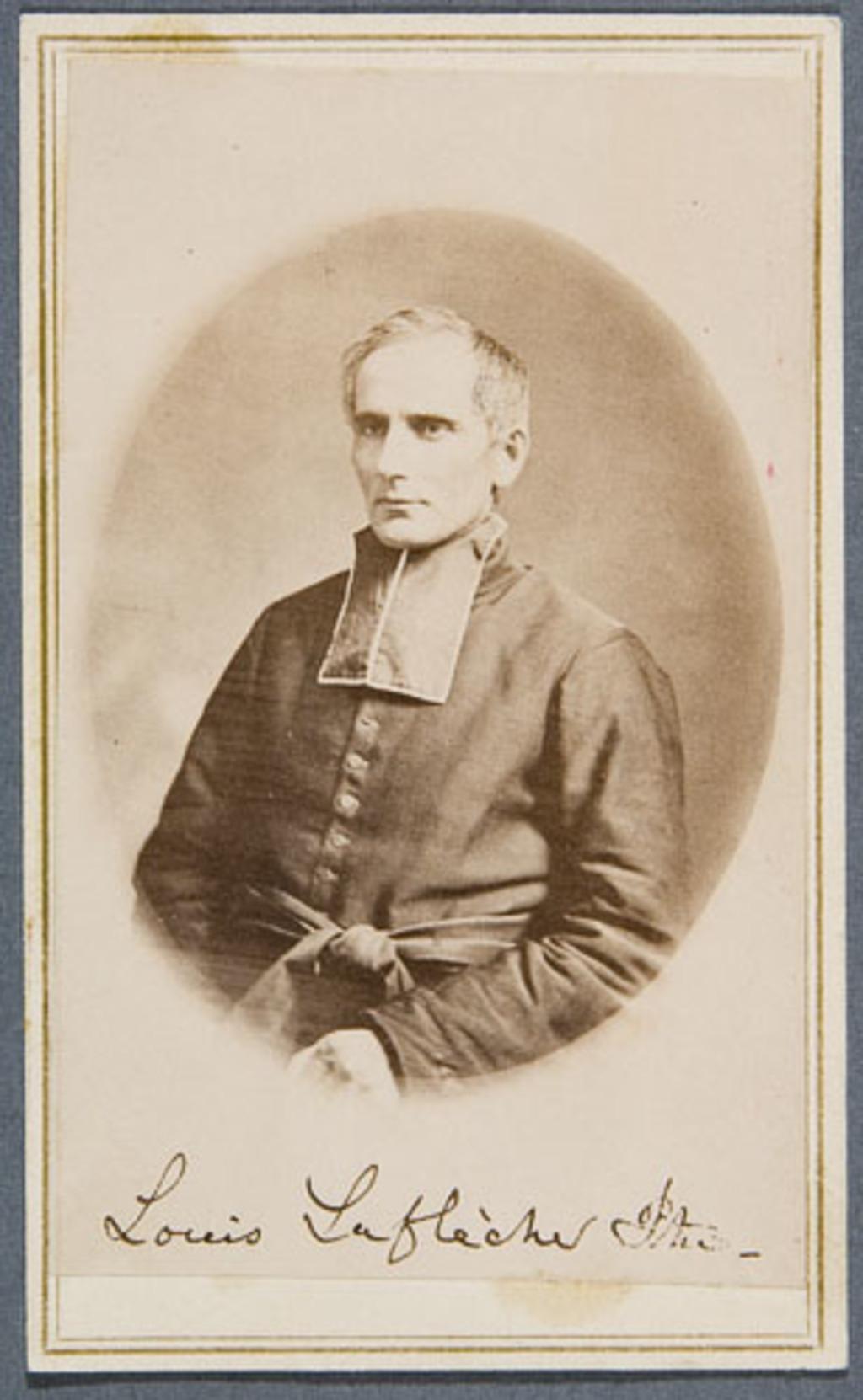 L'Abbé Louis-François Richer Laflèche. Photographie d'une photographie d'un artiste inconnu, de l'album Eugène-Hamel