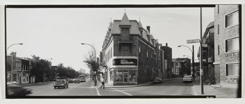 Angle Saint-Denis - Gilford, de la série « Panoramas de Montréal (1980-1981) »