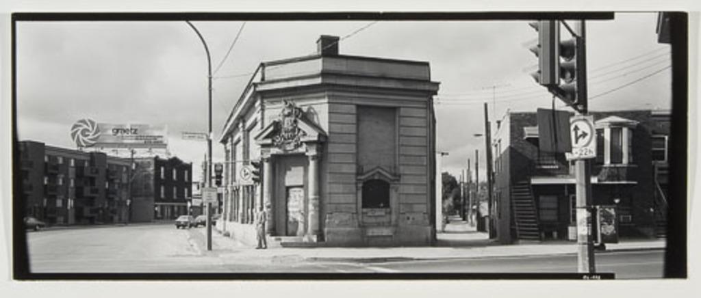 Angle Notre-Dame - Saint-Rémi, de la série Panoramas de Montréal (1980-1981)