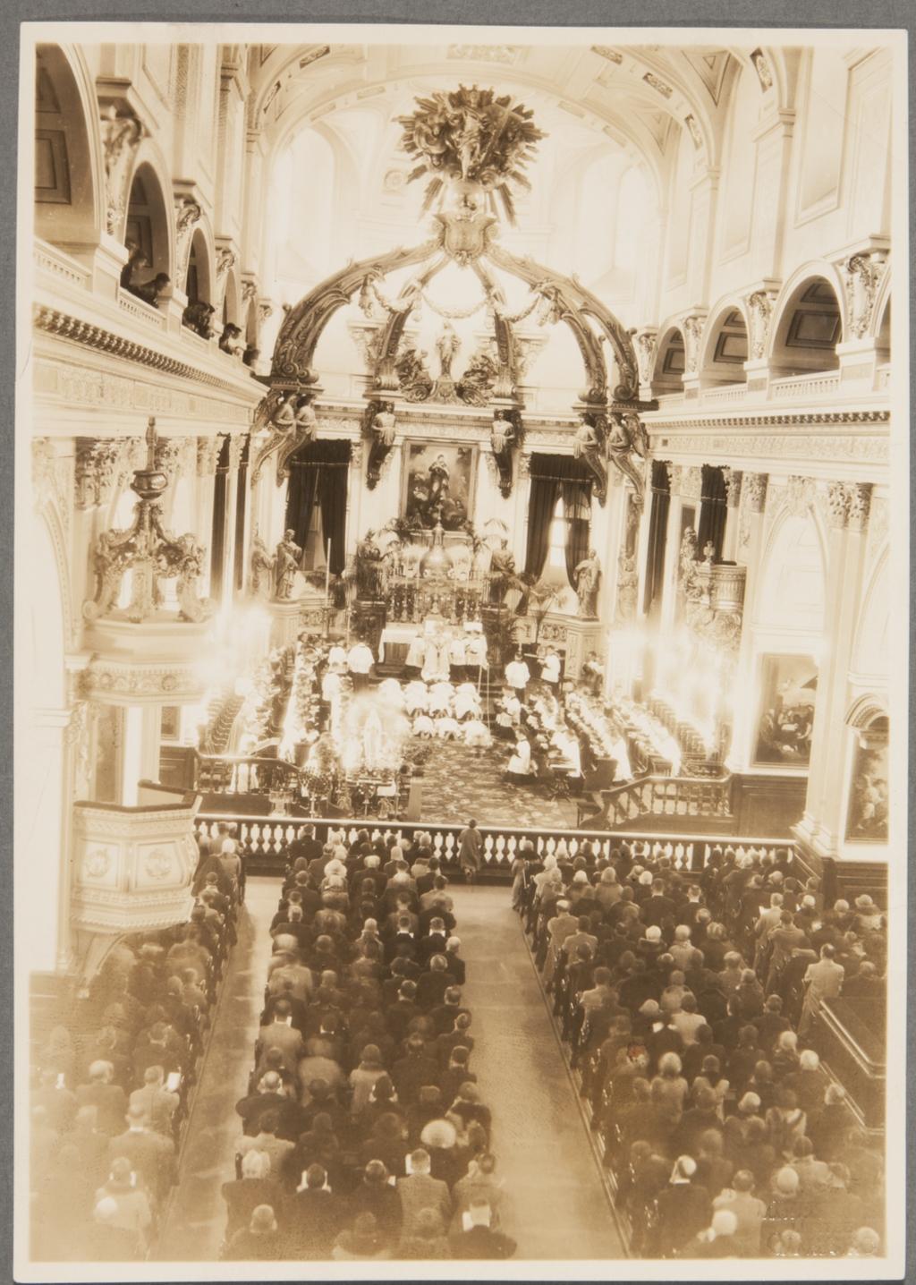 Ordination générale à la basilique-cathédrale de Notre-Dame-de-Québec