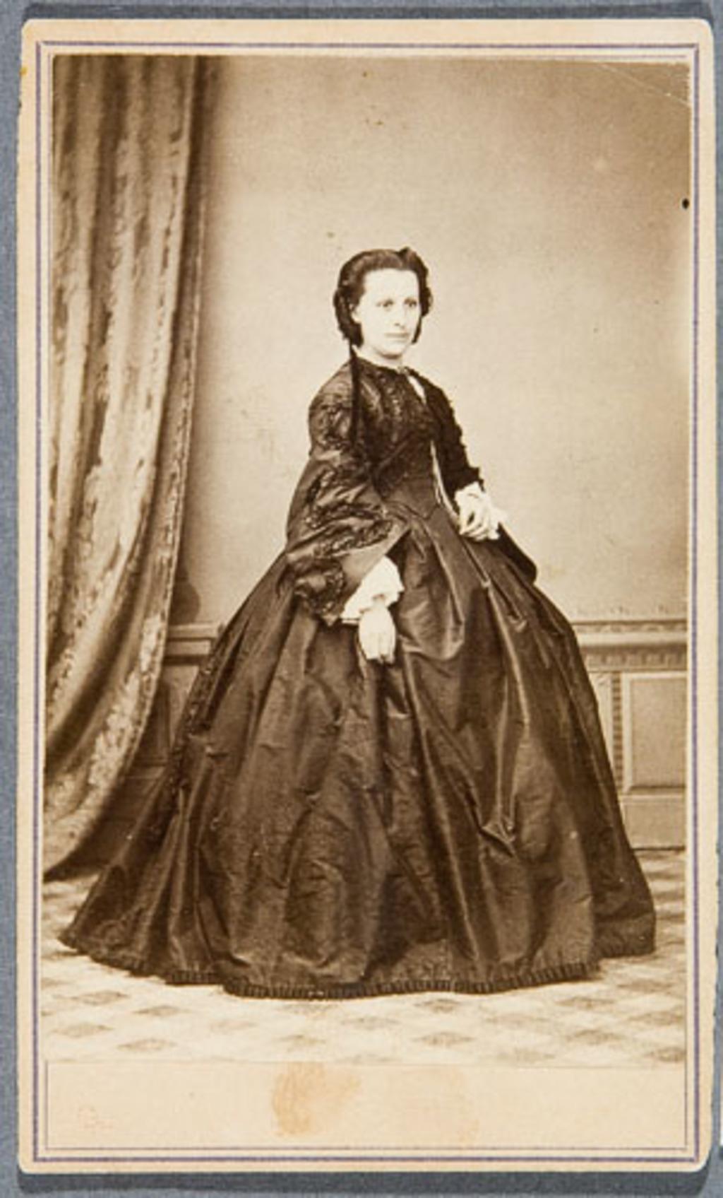 Madame Léandre Dugal, née Philomène Trahan