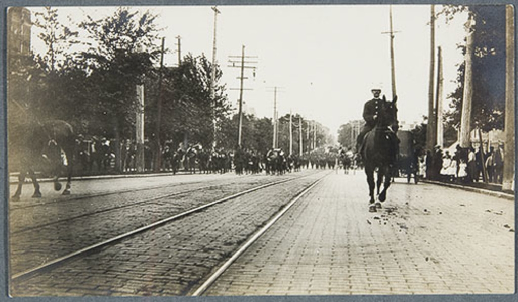 La Parade militaire, tricentenaire de Québec