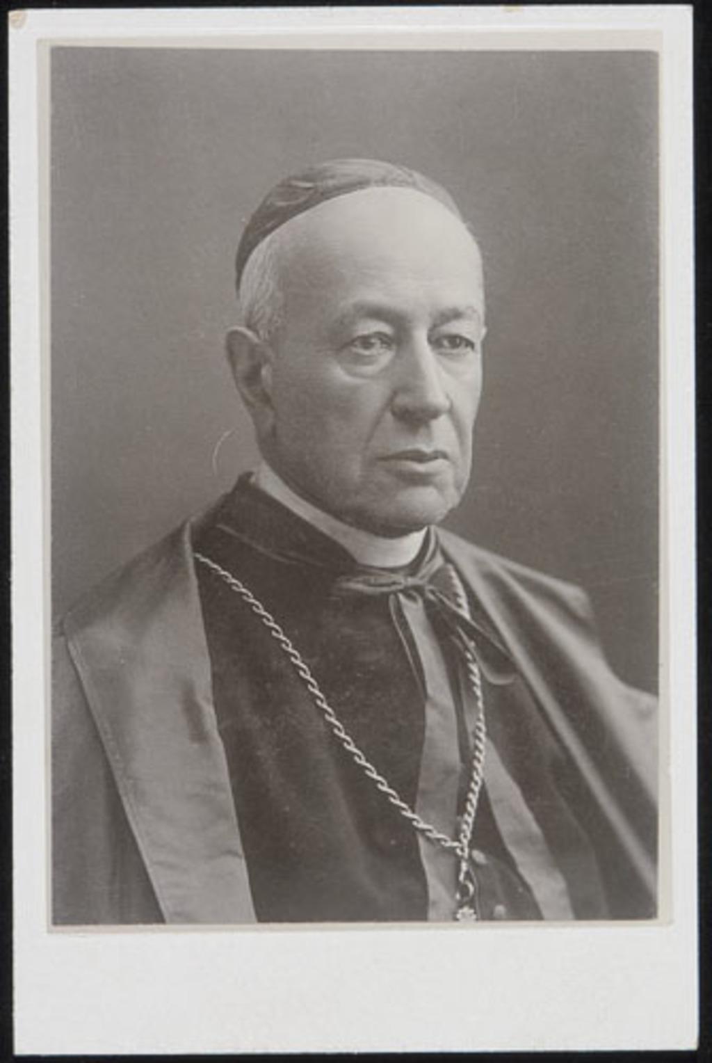Le Cardinal Elzéar-Alexandre Taschereau, de l'album de la famille Boulanger