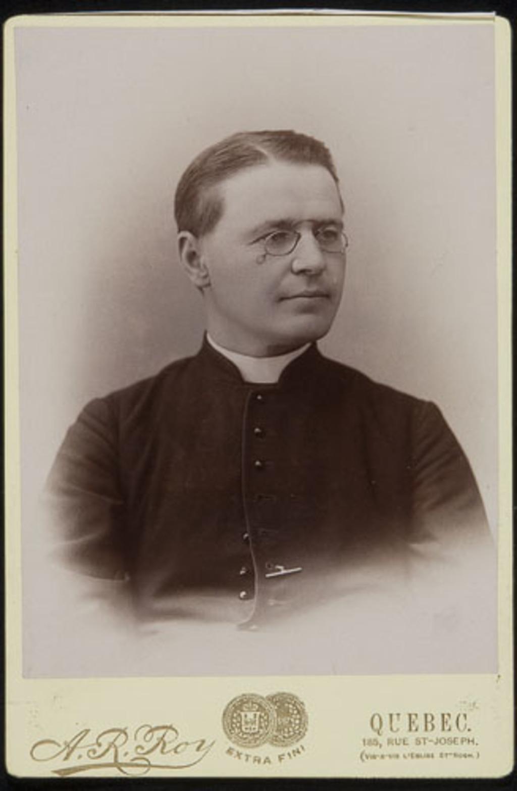 L'Abbé Gilbert-Arthur Lemieux, de l'album de la famille Boulanger