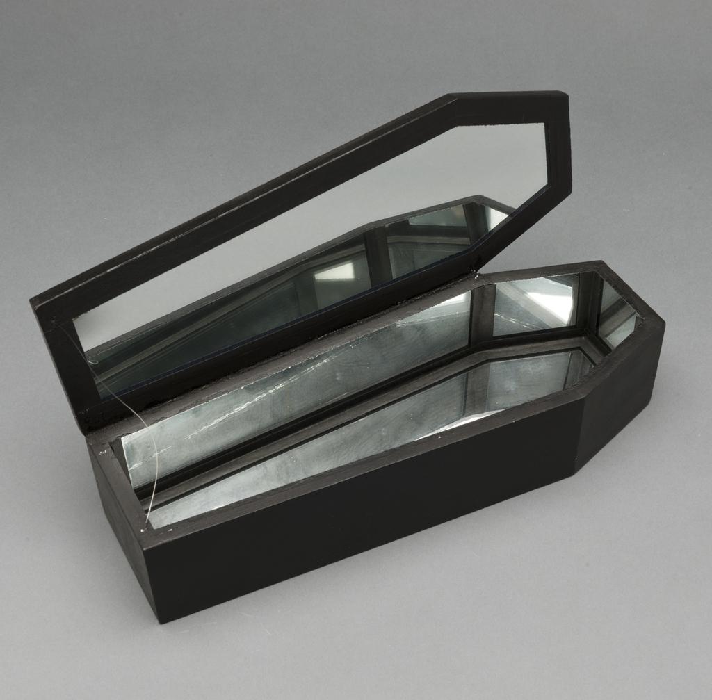 Cercueil pour Narcisse