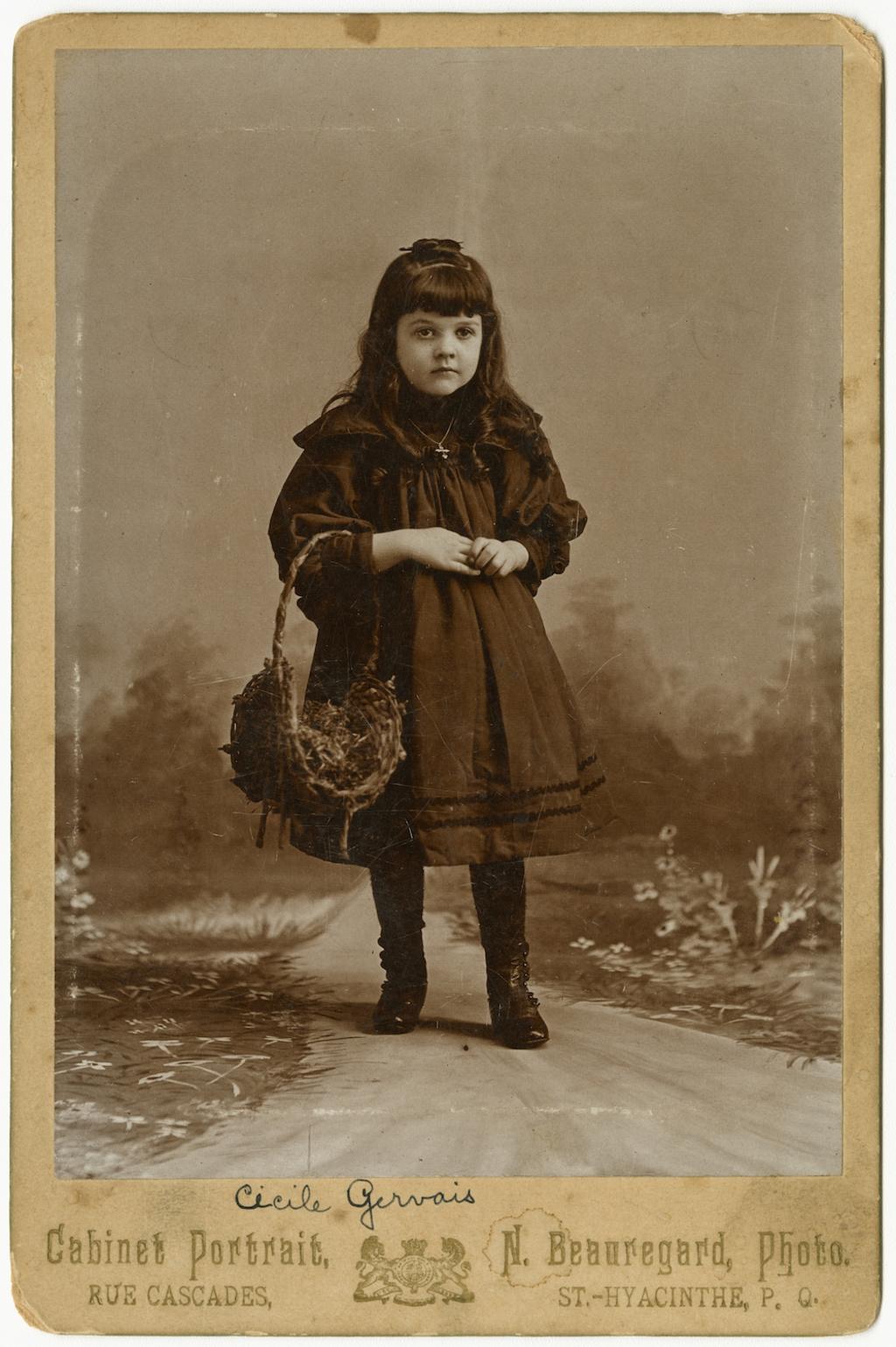 Cécile Gervais, enfant