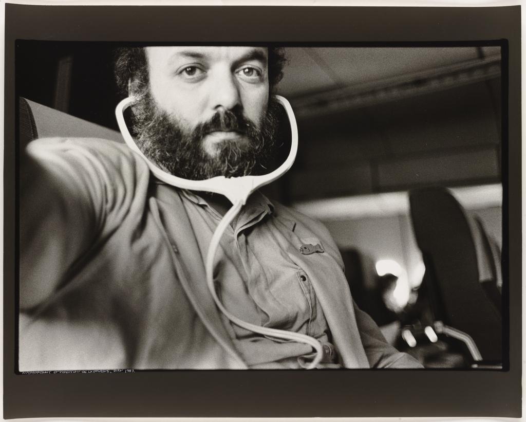 Autoportrait, en direction de la Pologne, 1983, de la série Les Tremblements du coeur, troisième séquence 2/8