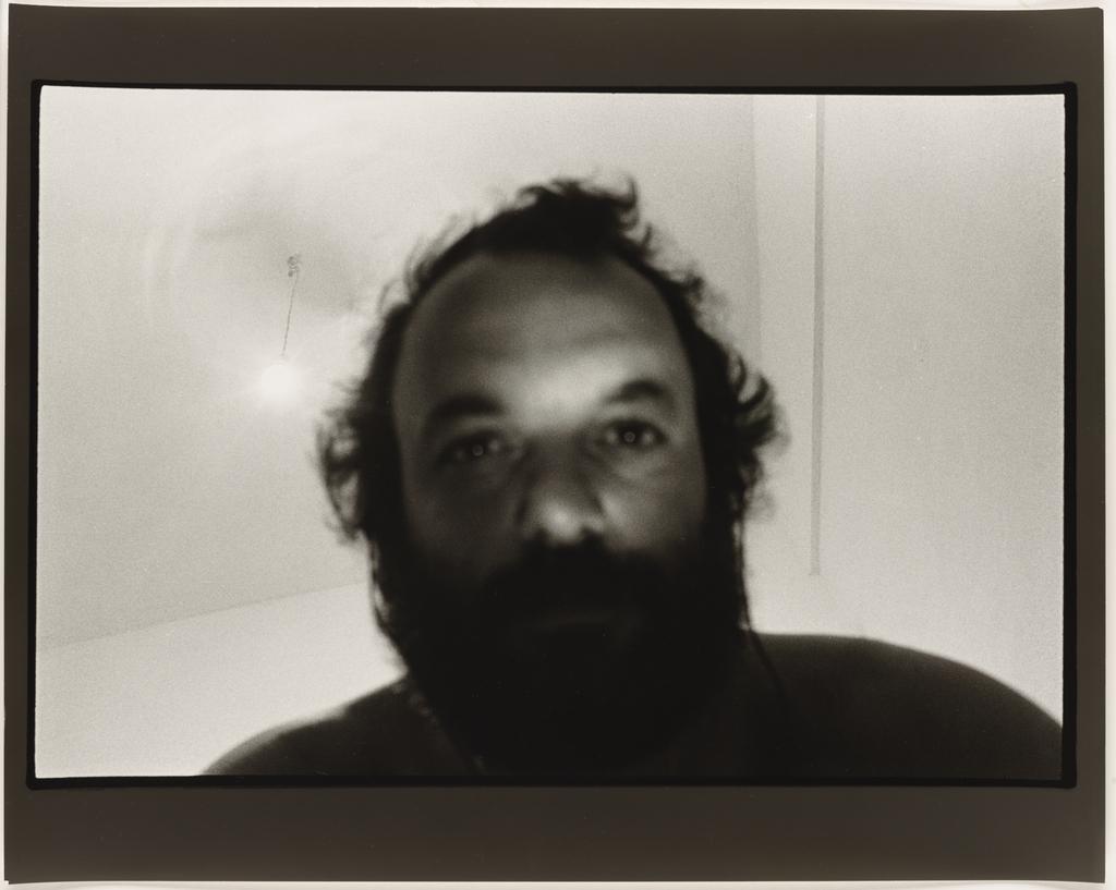 Autoportrait, Grèce, 1983, de la série Les Tremblements du coeur, cinquième séquence 2/7